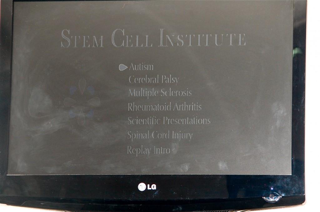 Stem Cell Institute i Panama, entréskylten