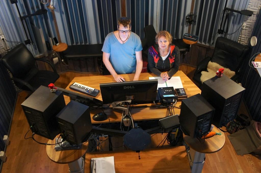 Mix av nya produktionen som är en blandning av allt! med Lars Nilsson på Nilento Studios